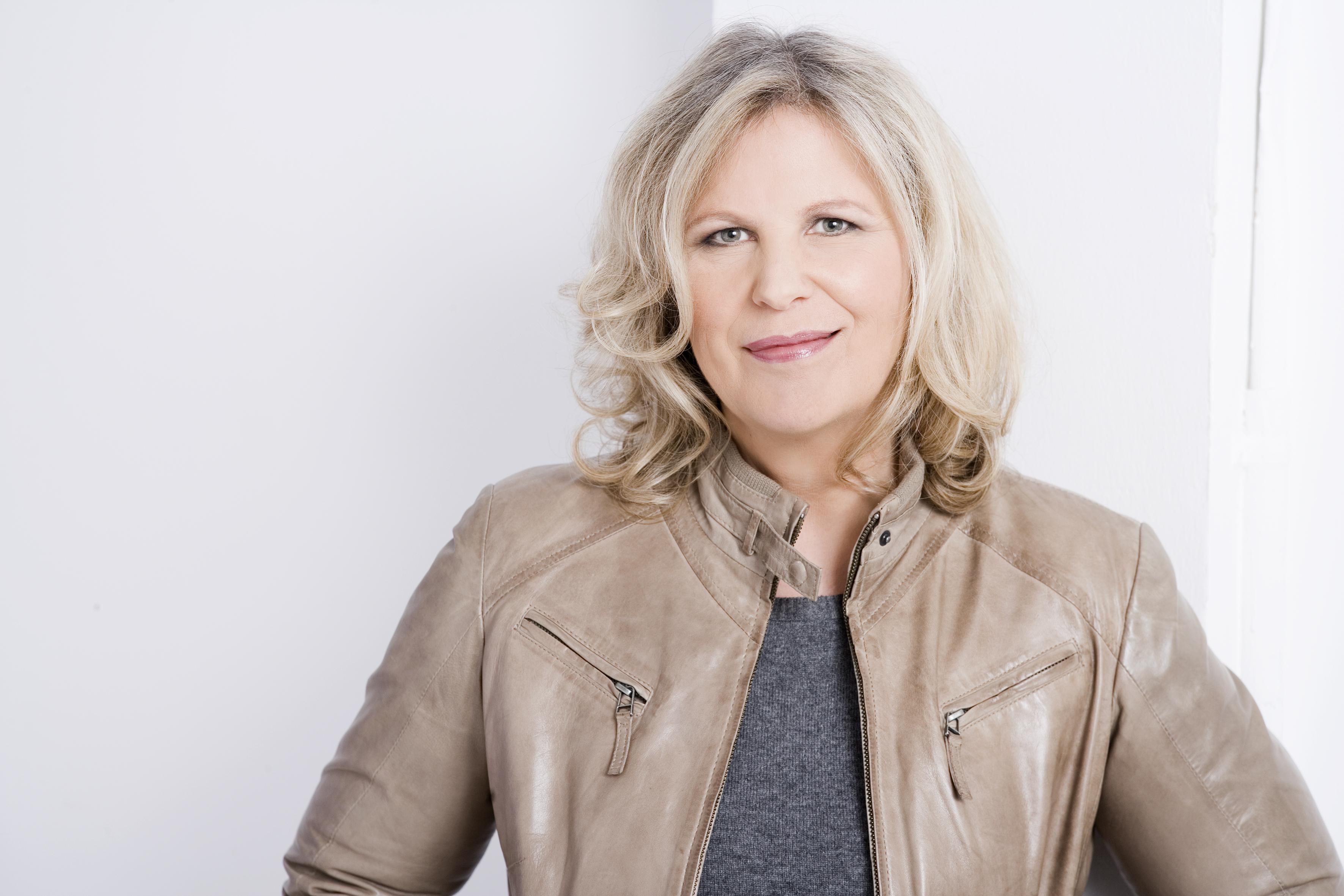Portrait Monika Scheddin